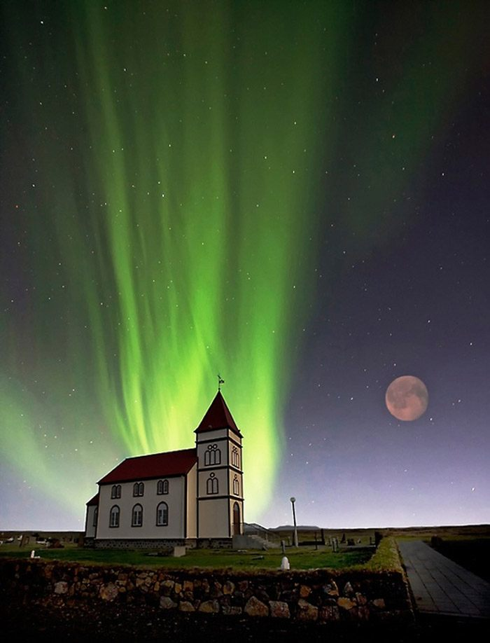 http://www.topinspired.com/top-10-most-stunning-photos-of-the-northern-lights/